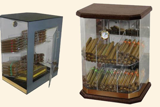 The Franklin..Wood Base.. Humidor...150 Ct.